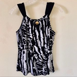 Byer California Black and White Top